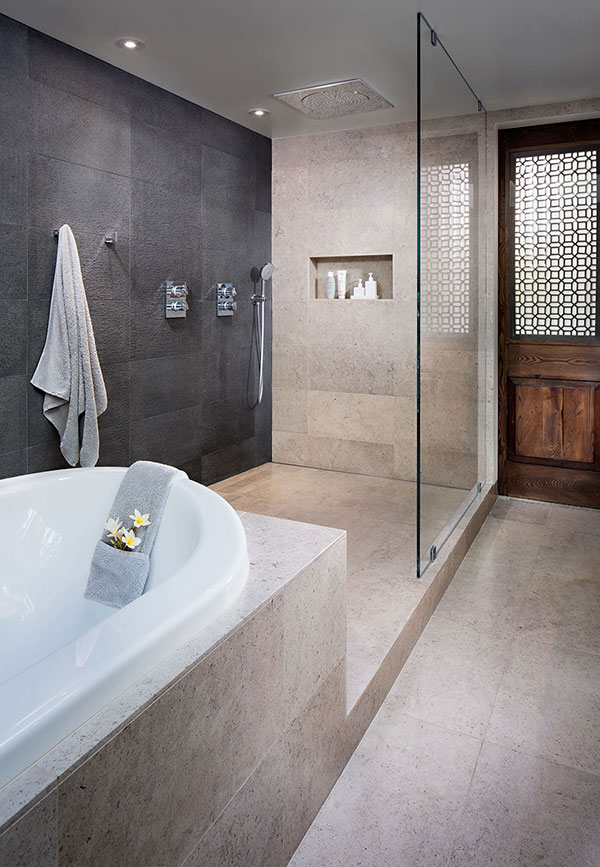 Krasne-Residence-Master-Bathroom-by-Architect-Aaron-Anderson